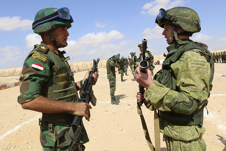 Russian and Egyptian servicemen practiced localization and elimination of militant groups in desert conditions.