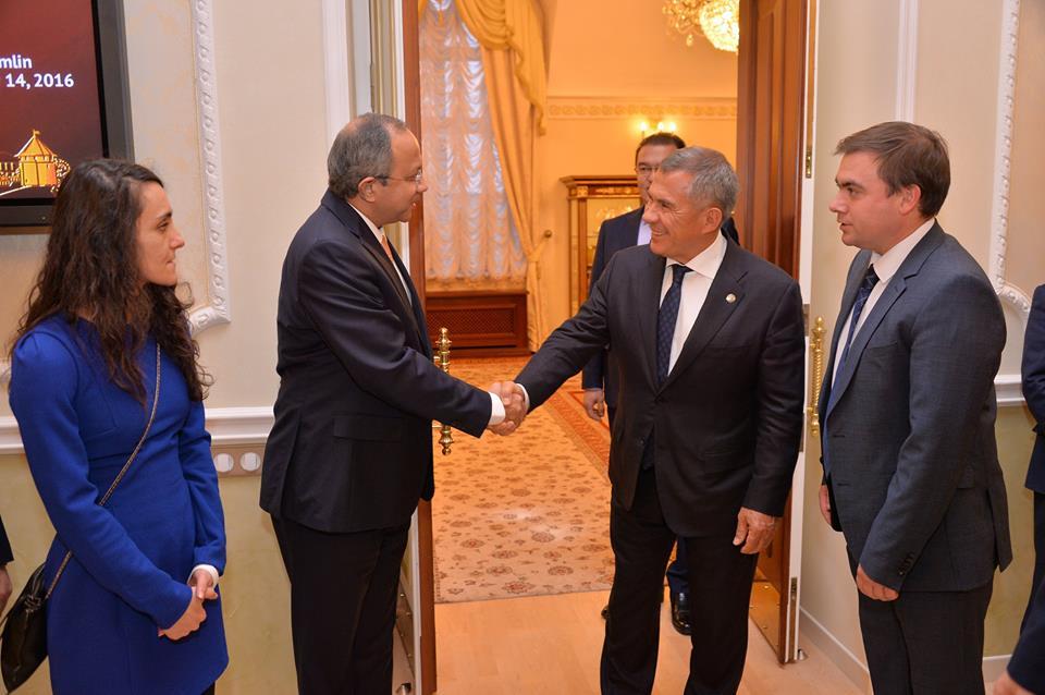Ambassador Saran met with President Rustam Minnikhanov of Tatarstan.