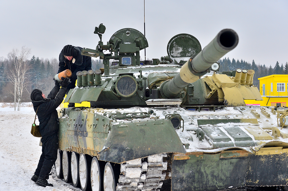 The 4th Guards Kantemirovskaya Tank Division (usually known as just the Kantemirovskaya Division) is one of the key formations of the Western Military District.
