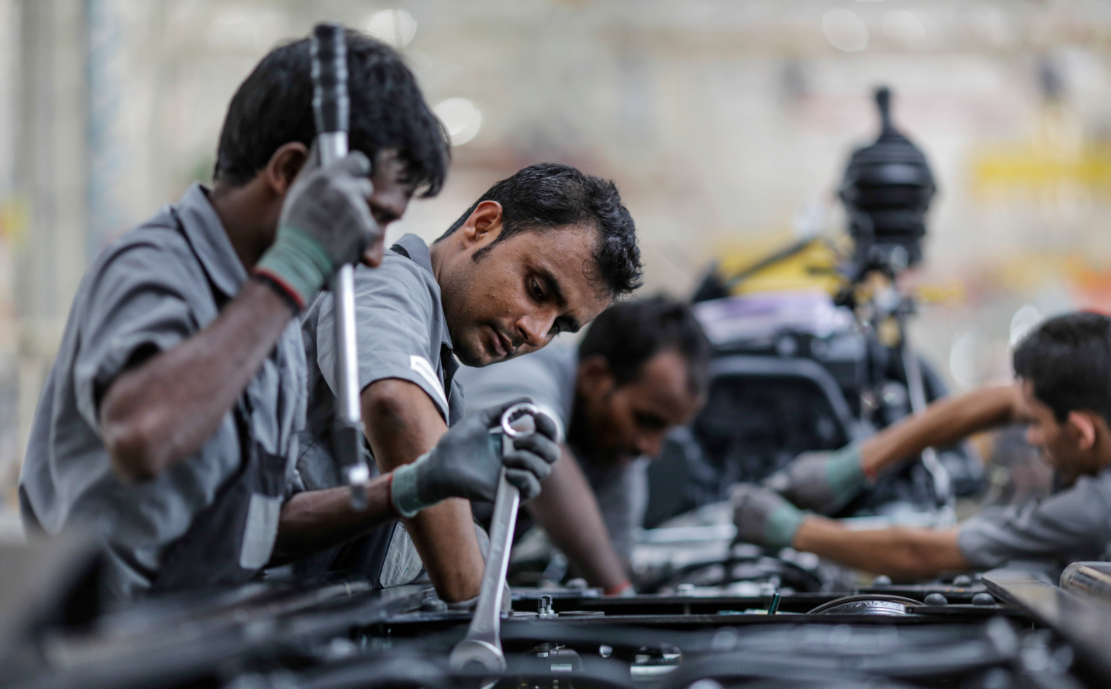 India's workforce is still not fully trained to handle Russian technology. Source: Getty Images