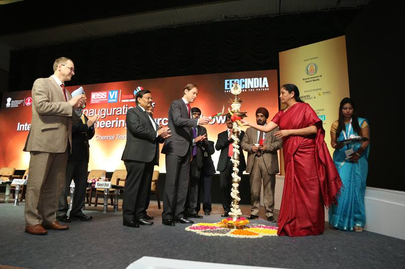 Nirmala Sitharaman and Denis Manturov light the lamp jointly at the IESS in Chennai. Source: Embassy of India in Russia