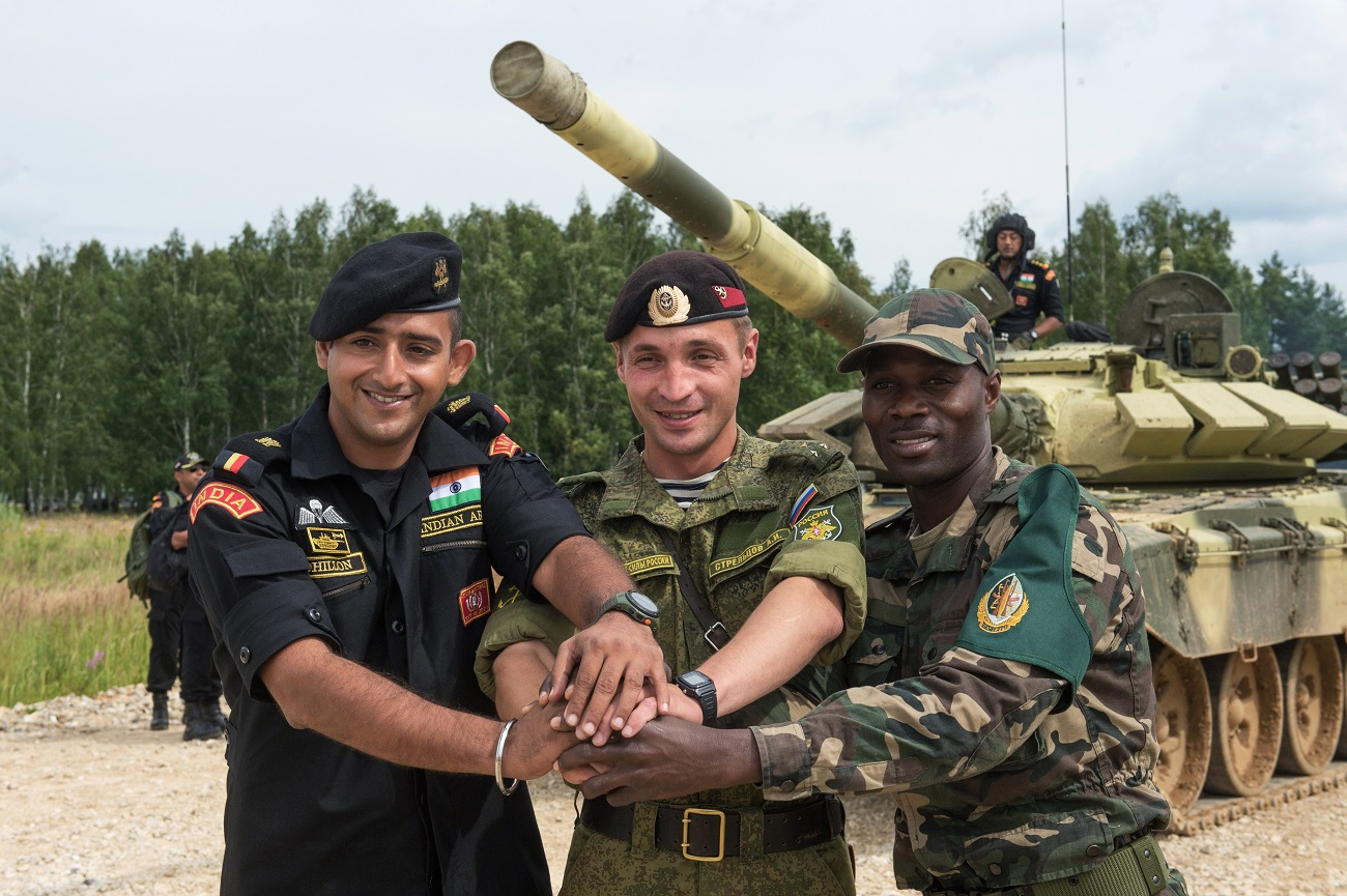 Учесници во Меѓународните армиски игри АрМИ-2016.