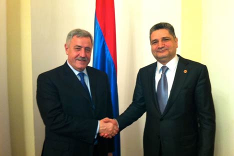 Il presidente della Provincia di Milano, Guido Podestà, insieme al primo ministro armeno Tigran Sargsyan (Foto: Ufficio Stampa)