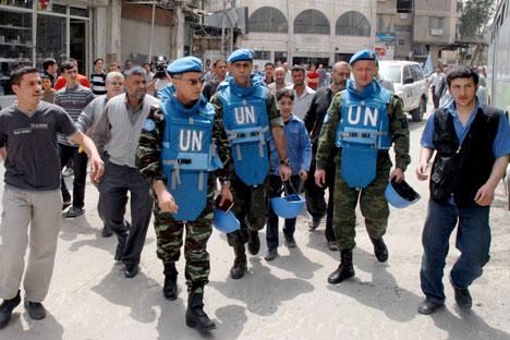 Gli osservatori delle Nazioni Unite in Siria (Foto: Itar-Tass)