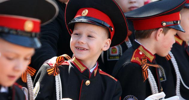 Molti allievi dell'Accademia militare di Orenburg parteciperanno a stage estivi a Mosca e a San Pietroburgo (Foto: Itar-Tass)