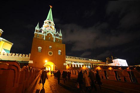 Il Cremlino, simbolo di tutta la Russia, rischia di essere escluso dalla lista dei beni patrimonio dell'Umanità dell'Unesco. La decisione verrà valutata durante la prossima riunione prevista per il 2013 (Foto: Itar Tass)
