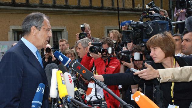 Russian Foreign Minister Sergei Lavrov all'incontro con i giornalisti (Foto: Eduard Pesov/RIA Novosti)