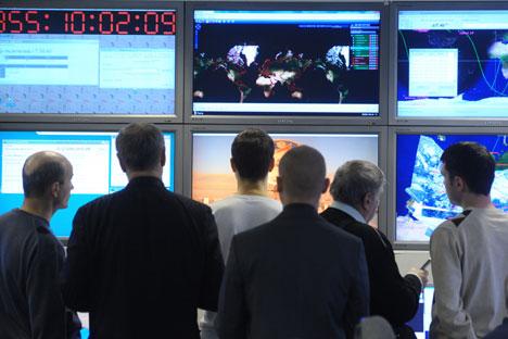 Esperti dell'Agenzia spaziale russa (Foto: Itar-Tass)