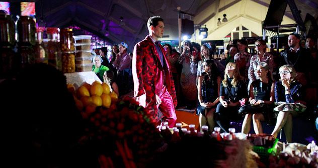 La sfilata di Etro al mercato Danilovsky di Mosca (Foto: Aleksei Smirnof)