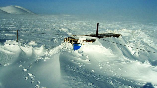 Il lago Elgygytgyn in Chukotka, situato a 100 chilometri a Nord del Circolo Polare Artico, è stato al centro di una ricerca per capire i cambiamenti climatici (Foto: Dipartimento di Geoscienze dell'Università del Massachusetts)