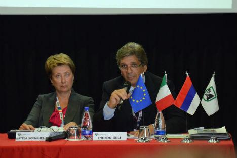 A sinistra, Natela Schenghelia, presidente della Rappresentanza Commerciale Russa in Italia e copresidente russo della Task Force, e Pietro Celi, direttore generale per le politiche di internalizzazione, promozione e scambi del Ministero dello Svilup
