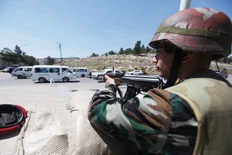 Check point militari in Siria dove è in corso una guerra civile (Foto: Rustam Buzanov / RIA Novosti)