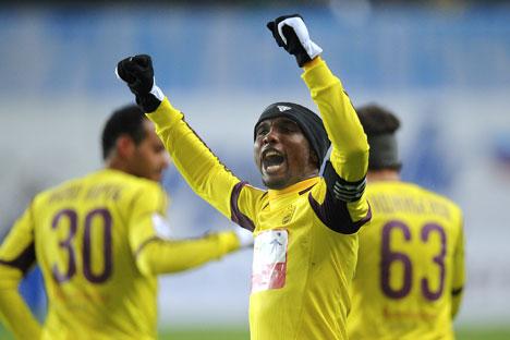 Samuel Eto'o esulta dopo aver segnato (Foto: Itar-Tass)