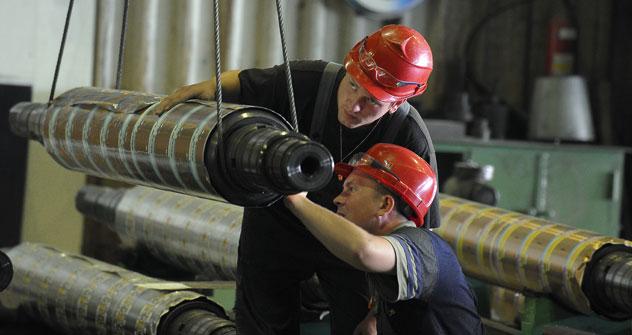 """Londeria di rame """"Sredneuralsk"""", uno dei complessi chimico-metallurgici più importanti della regione degli Urali (Foto: Itar-Tass)"""