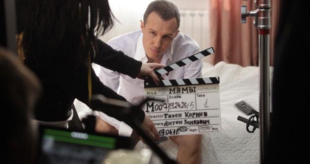 """Scena tratta dal film """"Mamy"""" (""""Le Madri""""), dedicato a tutte le mamme e uscito nel giorno della Festa della donna (Foto: kinopoisk.ru)"""