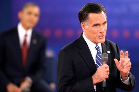 In primo piano Mitt Romney, lo sfidante repubblicano alle elezioni presidenziali americane di Barack Obama, sullo sfondo (Foto: AP)