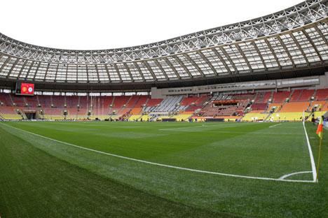 L'assetto attuale del campo dello stadio Luzhniki di Mosca (Foto: Ria Novosti)