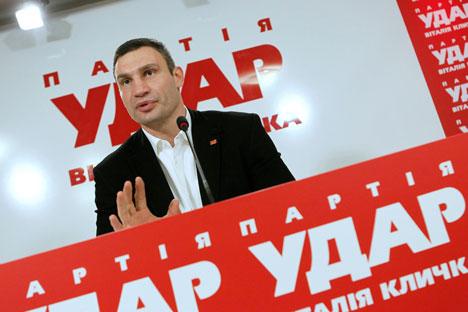 Il leader del partito ucraino Udar, l'ex campione dei pesi massimi, Vitaly Klitschko (Foto: Itar-Tass)