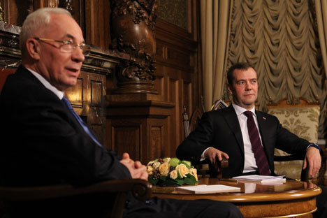 Il premier ucraino Mykola Azarov durante l'incontro con il premier russo Dmitri Medvedev a Mosca, nel novembre 2012 (Foto: Itar-Tass)