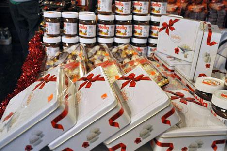 """L'azienda Ferrero, in prima linea all'interno del progetto """"ExhibItaly"""" dell'Ambasciata italiana a Mosca, è stata protagonista anche del mercatino di Natale organizzato a Villa Berg (Foto: ufficio stampa)"""