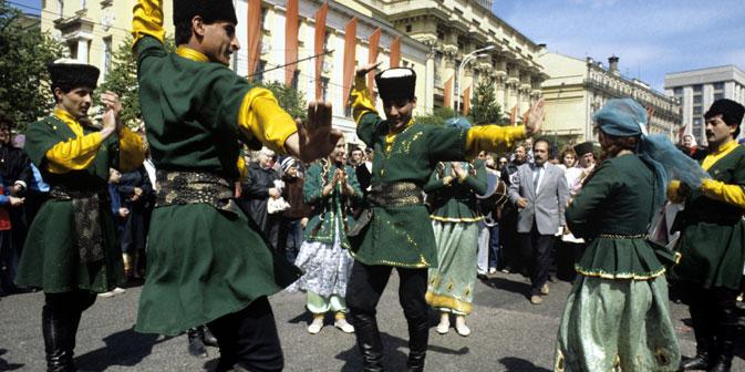 La varietà culturale ed entica in Russia si riflette sulle usanze, sugli usi e i costumi (Foto: RIA Novosti / Fred Gringerb)