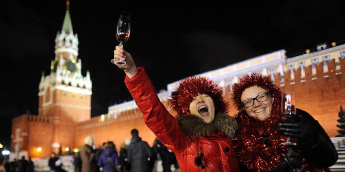 Con quale spumante brinderanno i russi a Capodanno? Ai vini tradizionali si affiancano marche di lusso (Foto: Ria Novosti / Vladimir Astapkovich)