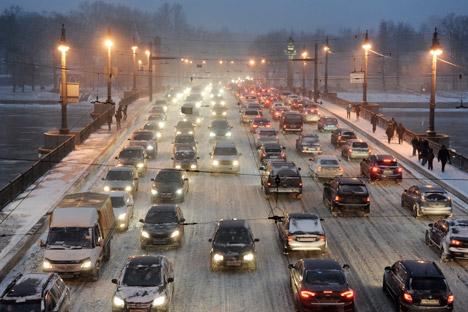 L'abolizione del dazio sulla rottamazione delle auto potrebbe portare a un'esplosione del mercato di vetture usate dall'estero (Foto: Itar-Tass)