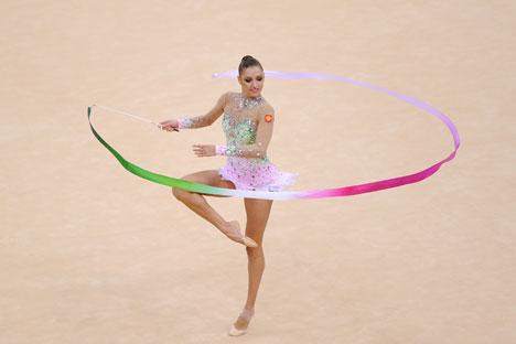 Smentita la notizia in merito al presunto addio allo sport da parte della ginnasta russa Evgenia Kanaeva (Foto: Itar-Tass)