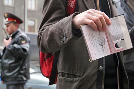Ad aprile 2012 Dmitri Medvedev ha presentato un disegno di legge che introduce nuove procedure per i bambini nati in famiglie miste per ottenere la cittadinanza russa (Foto: PhotoXpress)