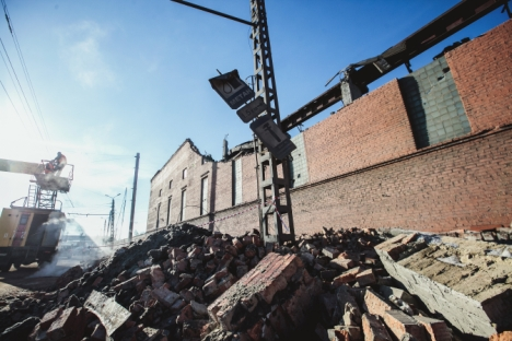 La pioggia di meteoriti caduta su Chelyabinsk, che ha causato diversi danni agli edifici, ferendo centinaia e centinaia di persone, non è la prima che si verifica in questa zona della Russia (Foto: Itar-Tass)