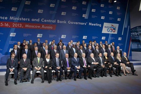 Foto di gruppo dei ministri delle Finanze del G20 e dei governatori delle banche centrali a Mosca (Foto: Ricardo Marquina Montañana/Russia Oggi)