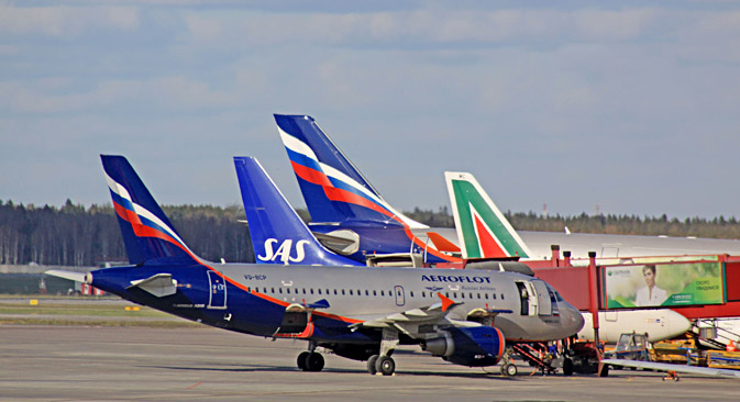 Aerei Alitalia e Aeroflot in pista (Foto: Alamy/Legionmedia)