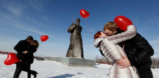 Coppie innamorate a Stavropol, nel Sud della Russia (Foto: Reuters/Vostock-Photo)