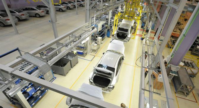 La Fiat in Russia vende 9.000 auto e vorrebbe fabbricarne a Mosca 120.000 all'anno (Foto: Itar-Tass)