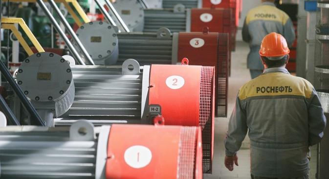 In una raffineria di Rosneft nella regione di Krasnodar (Foto: Itar-Tass)