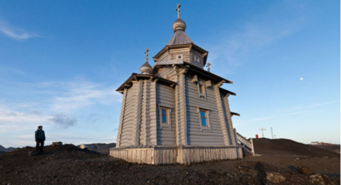 La Chiesa ortodossa della Trinità eretta in Antartide (Foto: Dmitri Malov)