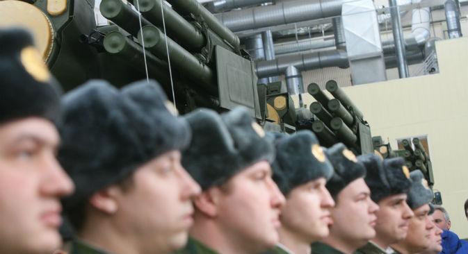 Le forze aeree russe hanno ricevuto dieci nuovi missili di difesa SA-22 (Foto: Alexei Kudenko / RIA Novosti)