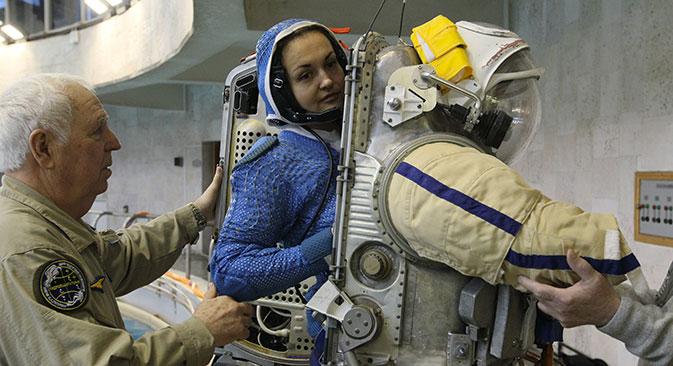 Al Centro di addestramento dell'Agenzia spaziale russa non c'è nessuna differenza di trattamento tra astronauti, donne e uomini (Foto: Ria Novosti / Ruslan Krivobok)