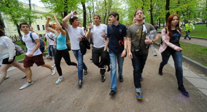 Giovani moscoviti durante una manifestazione di protesta del 2012 (Foto: Itar-Tass)