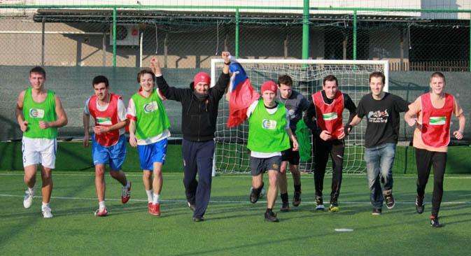 La squadra russa parteciperà per la prima volta al torneo di calcio internazionale Mundialido, a Roma dal 25 maggio al 30 giugno 2013 (Foto: Associazione Giovani Italo-Russi)