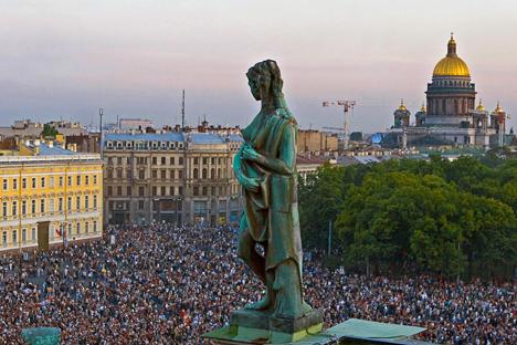 San Pietroburgo si prepara al Forum Economico internazionale dal 20 al 22 giugno 2013 (Foto: RIA Novosti)