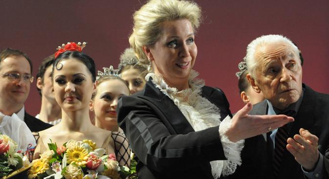 Dal 2007 l'ex first lady Svetlana Medvedeva, al centro, presiede il consiglio d'amministrazione del Movimento per la crescita spirituale e morale delle giovani generazioni russe (Foto: Sergei Piatakov / RIA Novosti)