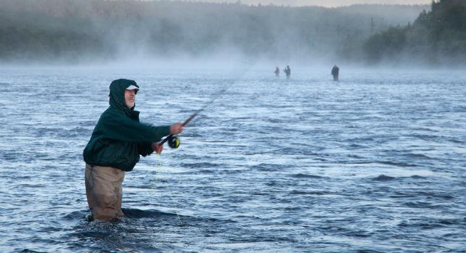 La penisola di Kola conta oltre 80 fiumi, tutti ricchi di salmoni (Foto: Lori / Legion Media)