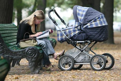 Con i cambiamenti sociali in corso in Russia, sempre più spesso le donne iniziano a domandarsi quali ripercussioni può avere un figlio nello sviluppo della propria carriera lavorativa (Foto: PhotoXPress)