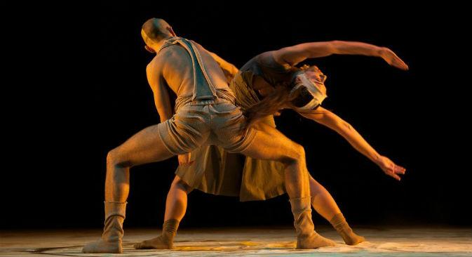 """Lo spettacolo """"Sepia"""" messo in scena dalla compagnia Provincial Dance Theatre, con Tatiana Baganova (Foto: Ufficio Stampa)"""