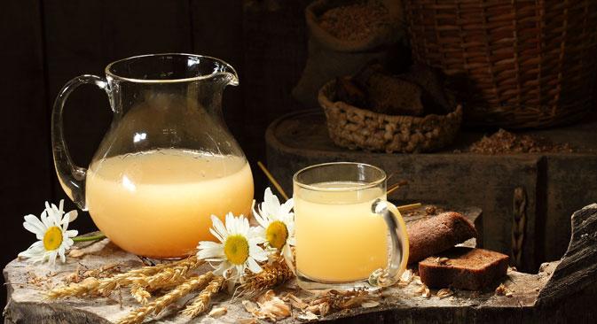 Un'azienda ha recuperato l'antica ricetta del kvas bianco per rimetterlo in commercio (Foto: Lori / Legion Media)