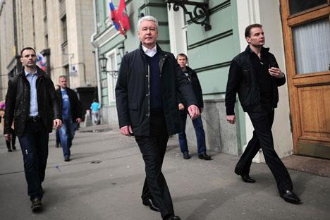 Sergei Sobyanin (al centro) è diventato sindaco di Mosca nel 2010 (Foto: Photoshot / Vostock Photo)