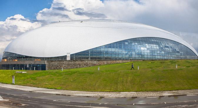 """Gli impianti sportivi in costruzione a Sochi hanno spinto il capo del Comitato organizzatore ad etichettare la città come """"il più grande cantiere del mondo"""" (Foto: Sergei Mikheev / RG)"""