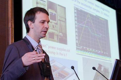 Grigory Trubnikov, vicecapo ingegnere dell'OIYAI, l'Istituto unificato di ricerche nucleari di Dubna, nei pressi di Mosca (Fonte: Dubna.ru)