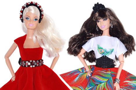 Vestiti in stile russo per le bambole (Foto: Ufficio Stampa)